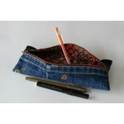 Trousse feutres, stylos ou crayons